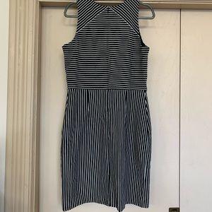 Banana Republic Dresses - Banana Republic Black & White Striped Sheath Dress